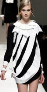 moschino-sfilata-moda-donna-autunno-inverno-2013-2014-