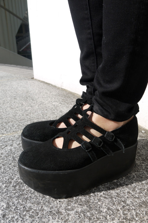Total Black!