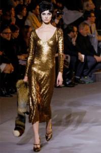 vestito-di-paillettes-oro-di-marc-jacobs