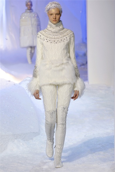Moncler-Gamme-Rouge8