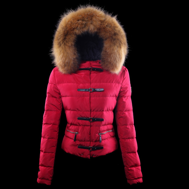Piumino rosa shocking Moncler.