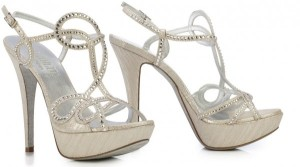 2014-scarpe-da-sposa-Loriblu-sandalo-600x335