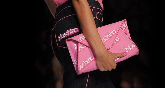 30748337_moschino-mon-barbie-let-go-party-ss-2015-collection-by-jeremy-scott-3