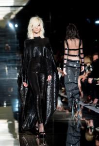 TOM FORD: Runway - London Fashion Week SS15