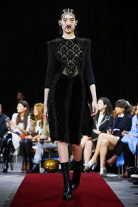 2015 Givenchy-Paris Fashion Week (1)