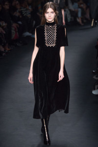 2015 paris fashion week_valentino (7)